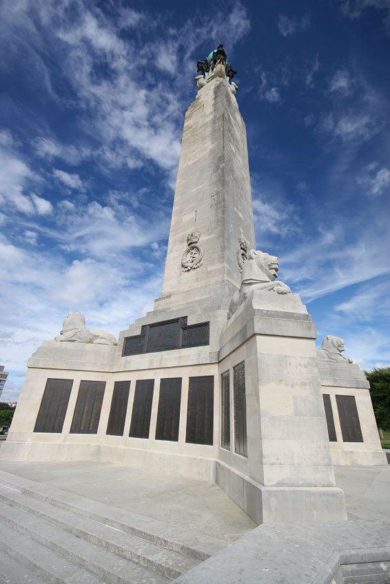 plymouth_war_memorial_2